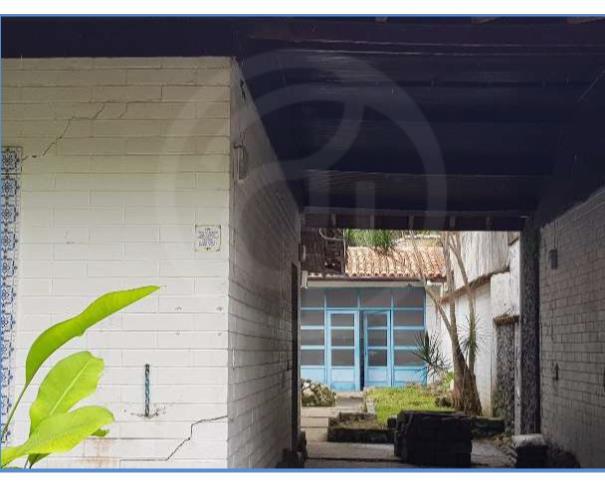 Foto de Nua Propriedade- Residencial e Edícula - Guarujá